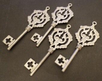 CHARM - PEWTER Cast Pendant Charm - fancy skeleton key - 26 x 72mm