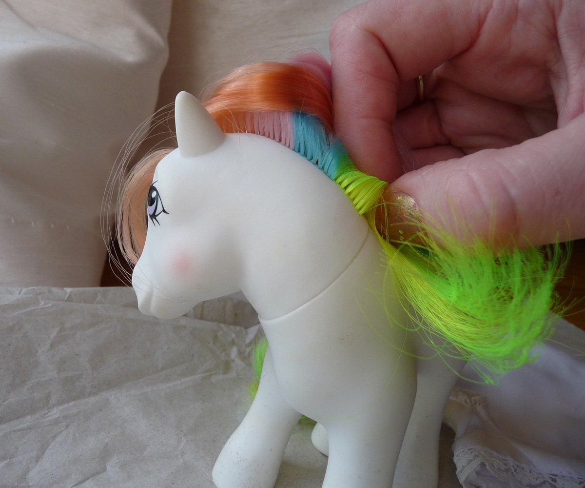 My Little Pony Wedding: Vintage My Little Pony G1 Confetti Wedding Bells By Miselemeas