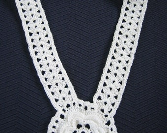 Crochet Necklace Irish Rose