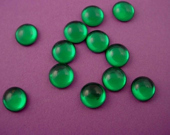 12 vintage glass emerald green cabochons foiled flat back 9mm