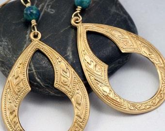 Arabesque Keyhole Earrings