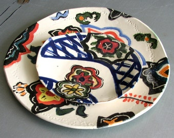 ceramic plates dinnerware serving plate and home decor Asian red blue white dessert plates