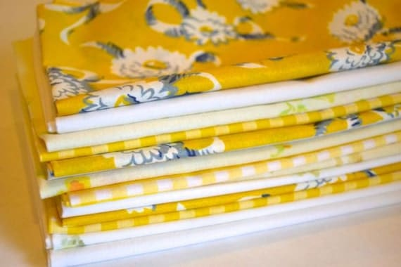 Color Block Set in Yellow- 10 cloth napkins