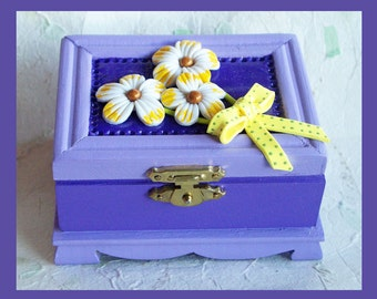 Trinket Box, Jewelry Holder, Lavender, Floral  Design, Wood Box, Keepsake Box, Unique Gift, Polymer clay Flowers, Wedding Gift, Gift Box
