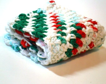 Washcloth Facecloth or Dishcloth Crocheted in 100% Cotton Red, Green, White - Christmas Colours - Spa Cloth