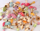 1/12TH scale - one dozen of loose fairy mushrooms and poisonus toadstools by Lory