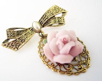 1928 Pink Porcelain Rose Brooch 1980s Vintage