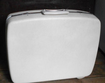 VINTAGE SAMSONITE SUITCASE, ivory luggage, mid century travel, Blue Interior, awesome condition