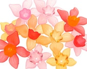 Daffodil Mix 20 Lucite Flower Beads - Pinks Reds Orange Peach Narcissus Spring Flower Mix - Lucite Beads - Daffodil Beads