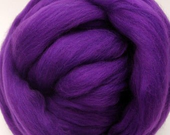 4 oz. Merino Wool Top - Hollyhock