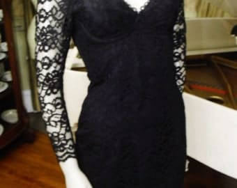 Vintage 80s classic shelf bust lace dress Shear lace sleeves Corset bust, Low back
