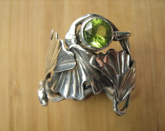 Sterling Silver Triple Ginkgo leaf and Peridot Adjustable ring