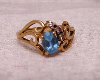 Vintage 10K Blue Topaz and Diamond Ring J109
