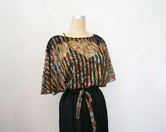 vintage 70s Sheer Paisley Dolman Kimono Sleeve Two Piece Ladies Belted Dress
