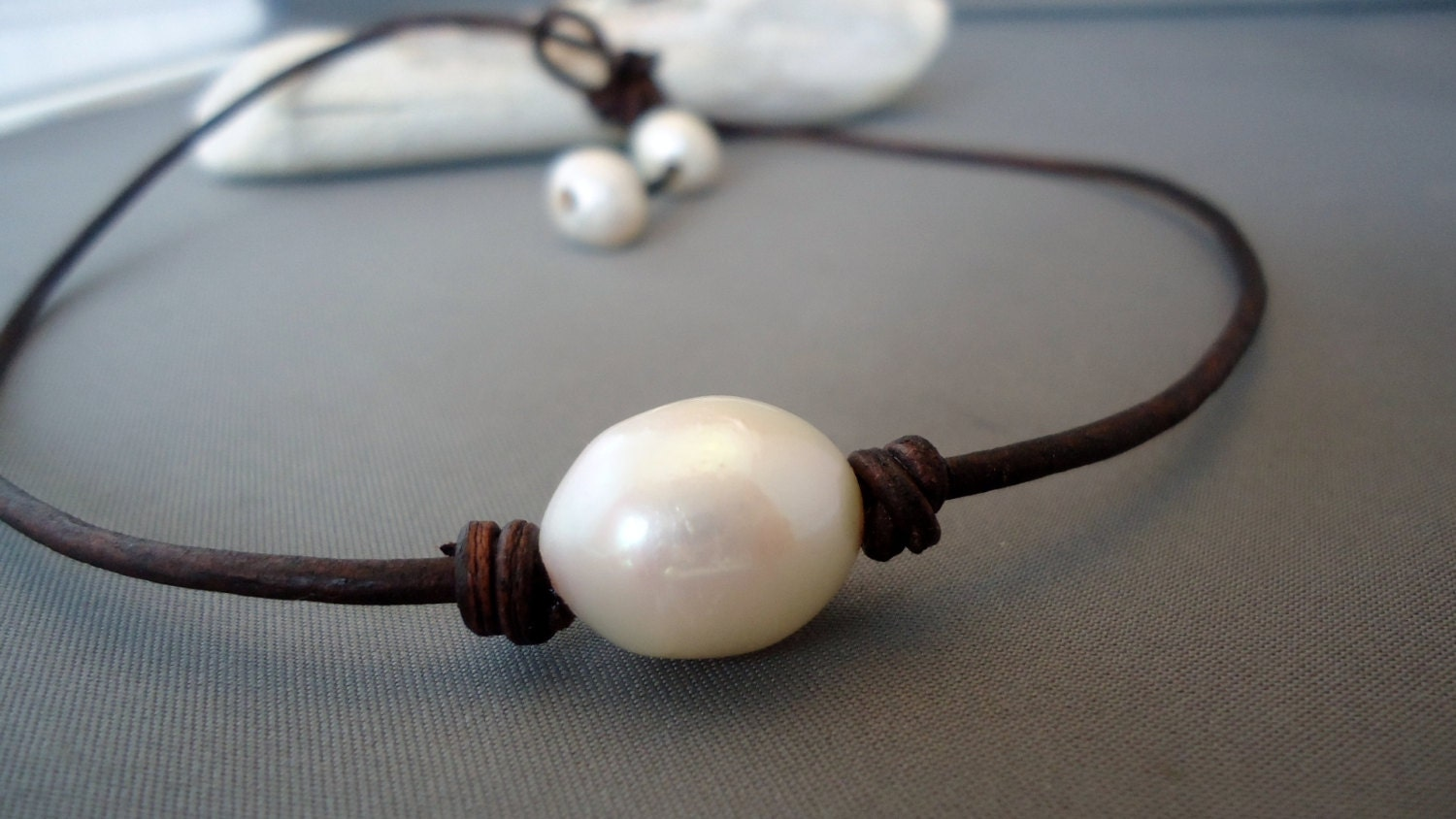 Giant Baroque  pearl Leather knotted Chic necklace - product images  of