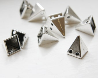 10pcs Oxidized Silver Tone Base Metal Spacers-Conical or Spikes- Two Holes 15x12mm (19618Y-D-409)