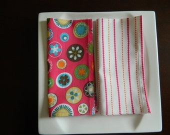 Bright Color Napkins, Set of 4 Mixed Prints. Flowers, Circles, Stripes. Nice Summer Napkins. Every Day Napkins.
