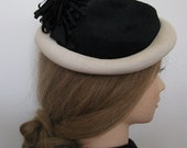 Super Chic Vintage 1950s Black and White Rolled Hat With Ribbon Pompom