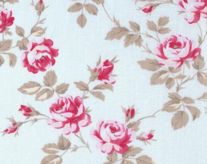 Tanya Whelan - Petals  -Scattered Roses TW58 Blue, end of bolt 34 inches