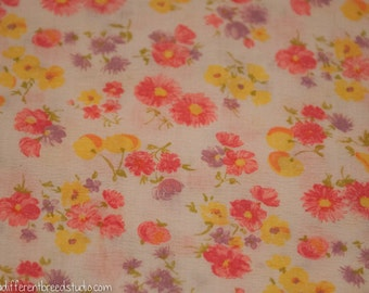 Happy Mod Cottage Floral- Vintage Fabric Garden Cherries Daisies Fruit