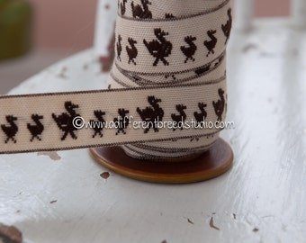 3 yards Adorable Embroidered Vintage Trim- Brown Momma Ducks and Ducklings