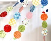 Fabric Garland Primary Colors Red, Blue, Yellow, Green, circle garland, circus party decor, playroom/bedroom/nursery decor 6 feet