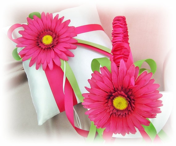 Gerber Daisy Ring Pillow Basket - Spring Wedding Flower Girl Basket  Ring Bearer Pillow, Fuchsia and Green Wedding Ceremony Decor