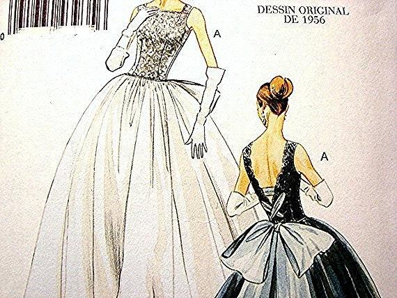 Retro Vintage Vogue 1950's Model Misses Wedding Dress Pattern Bridal Gown or Formal Dress size 14, 16 18 20 UNCUT