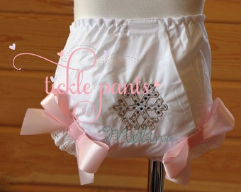 Snowflake diaper cover bloomer- Winter ONEderland bloomer- Matches snowflake birthday outfit