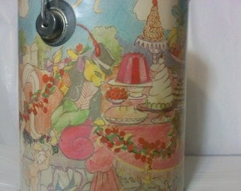 FREE SHIPPING paint can music box vintage musical (Vault 10)