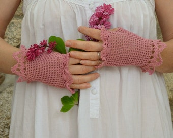 Crocheted lace fingerless summer gloves dark pink size small.