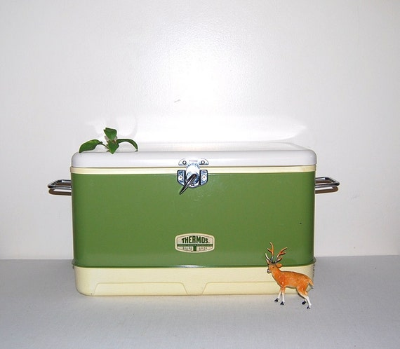 Vintage Thermos Cooler 3