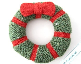 DIY Holiday Decor Wreath Pattern PDF. Knit Your Own Decorations.