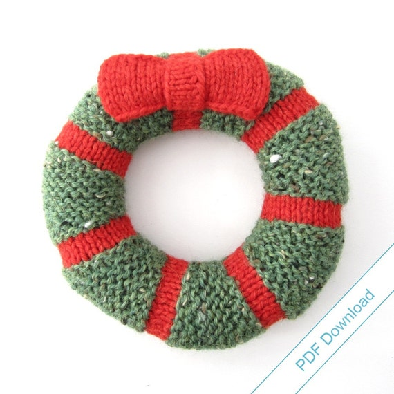 DIY Holiday Decor Wreath Pattern PDF. Knit Your Own