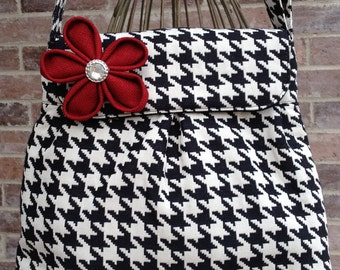 Sweet Pea Purse in Black and White Houndstooth Check