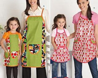 Sale! MOTHER - DAUGHTER PATTERN / Make Full Matching Aprons / 4 Child Sizes / Smocks