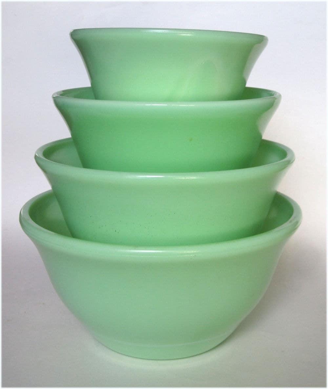 mckee glass jadite green mixing bowls complete 4 bowl set bell. Black Bedroom Furniture Sets. Home Design Ideas