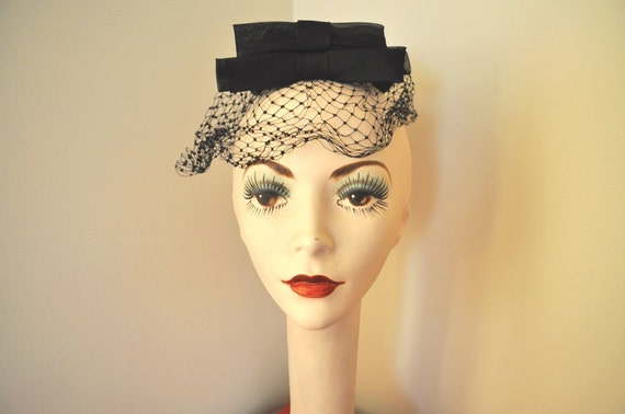 vintage fascinator hat 1950s black netting bows