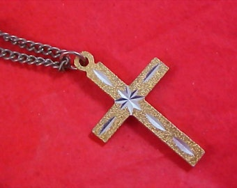 CHARMING Gilt Gold & Silver Etched Cross and Chain