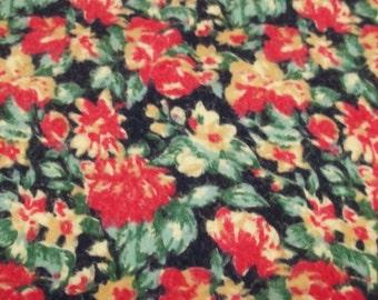 Vintage red floral flannelet fabric,feminine fabric,red flannelet fabric,red floral fabric vintage floral fabric,flannelet fabric