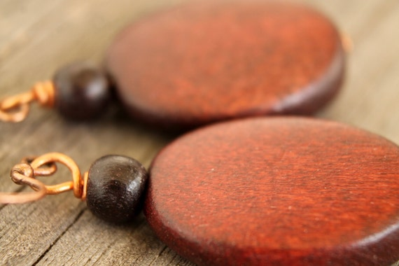 Polished ovals wood earrings