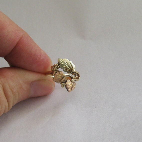 Vintage 10k Black Hills Gold Triple Leaf Ring Size 5 South