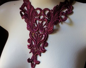 Lace Applique in Burgundy Venise Lace for Jewerly or Costume Design CA 401bu