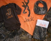Baby Boy Gift Set - RealTree Camo - Personalized Blanket, Onesie, Burp Cloth and Dribbler Bib