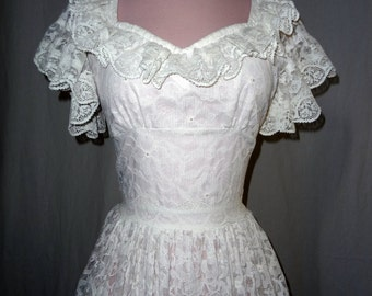 1950s Rockabilly White Lace Vintage Short Wedding Dress - Extra Small ... Small