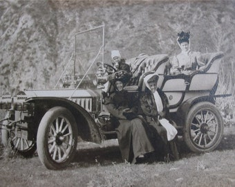 Antique REAL PHOTO POSTCARD of Edwardian Women and Old Car -  Big Hats -- Early 1900's