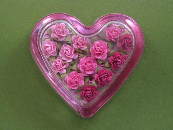 Valentine Pink Rose Floral Glass Heart Paperweight Home Decor June Birthday