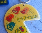 Rare 1980 Midway 3 Inch PACMAN Keychain in YELLOW