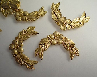 6 flower garland stampings