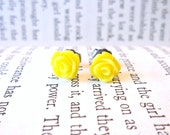 Tiny Canary Yellow Rosebud Posts